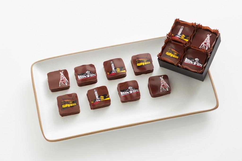 E o meu favorito absoluto: a caixinha de chocolates com os pontos turisticos da cidade - Recchiutti Confections