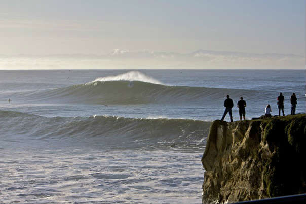 Visual de cima do penhasco de Steamer Lane