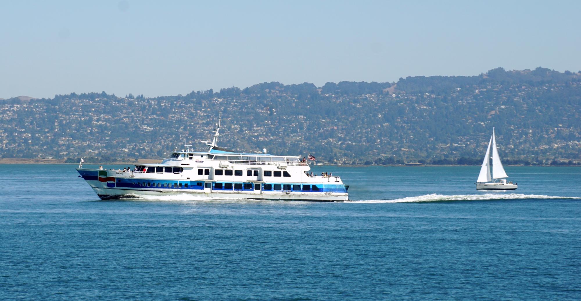 ferry para Larkspur